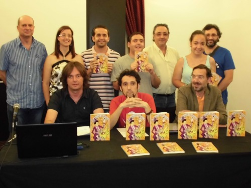 Acto de presentación del libro de Adpsi con miembros de la asociación, el autor, Martínez Pujalte y el representante de Mustang | PSP
